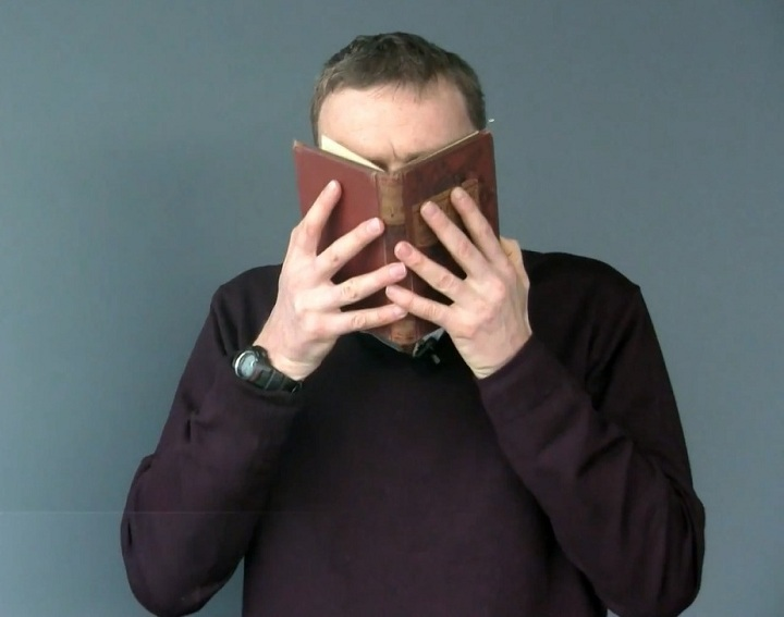 Why-Do-Old-Books-Smell.jpg