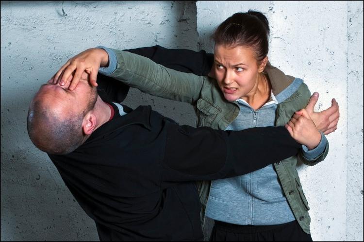 Önvédelmi fogások nőknek