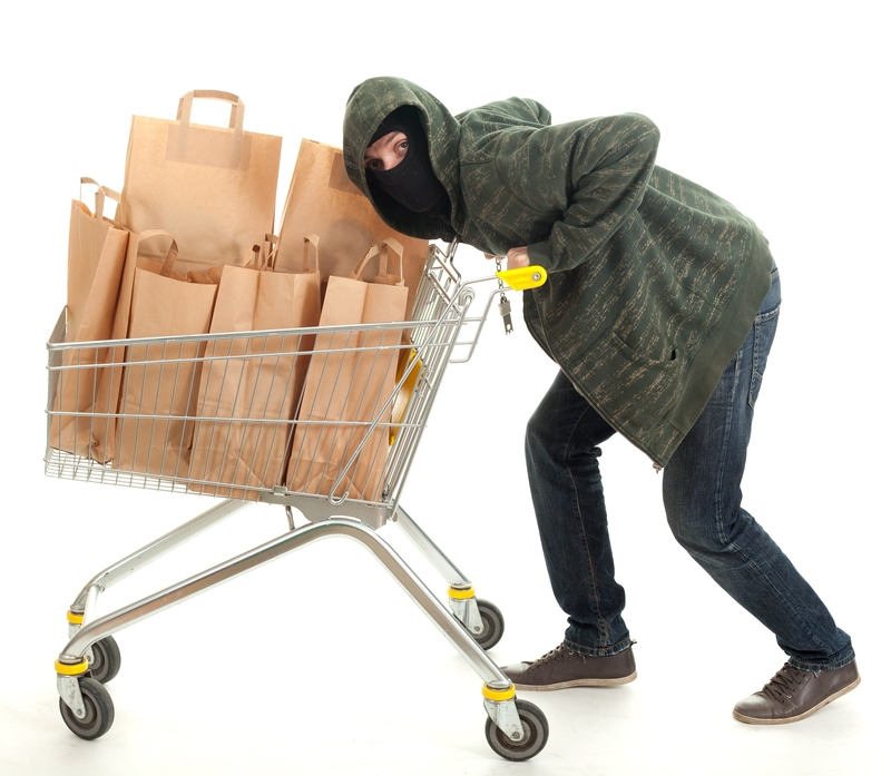 Trükkös bolti tolvajok