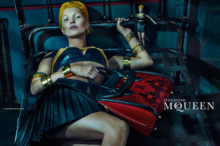 Kate-Moss-Alexander-McQueen-SS14-03_1.jpg
