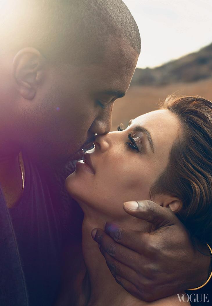 Kim-Kardashian-Kanye-Annie-Leibovitz-Vogue-02.jpg