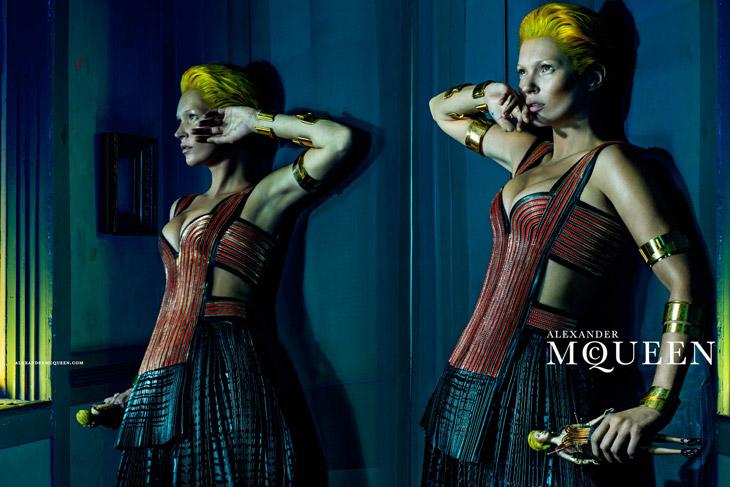 Kate-Moss-Alexander-McQueen-SS14-07.jpg