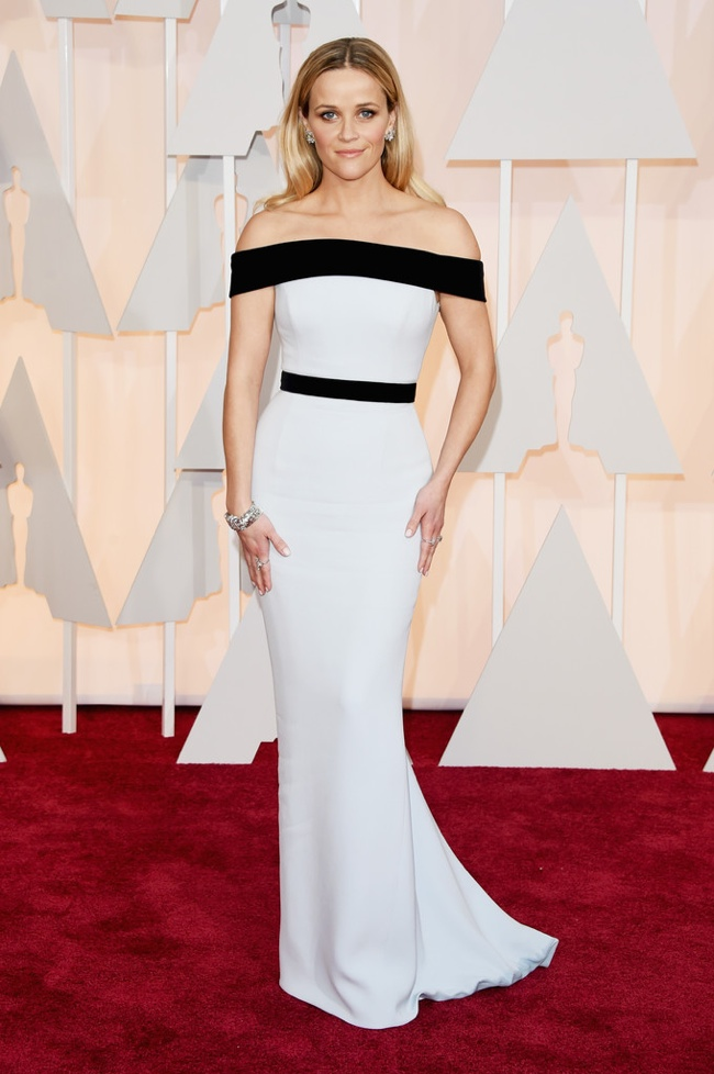 reese-witherspoon-white-black-tom-ford-gown-oscars-2015.jpg
