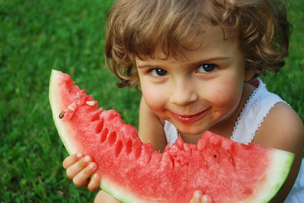 Healthy-Eating-Girl.jpg
