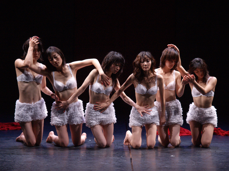 BATIK_SHOKU_1_Photo by Koichiro Saito.jpg
