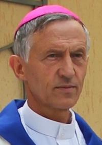 Majnek Antal püspök: Rettenetes a kárpátaljai helyzet, de nem panaszkodunk