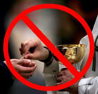 +Holy Communion in hand banned.jpg