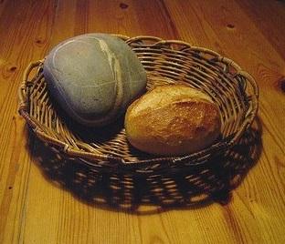 Kő és kenyér 1.jpg