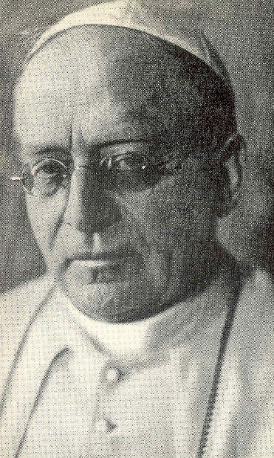 Pio111922.jpg