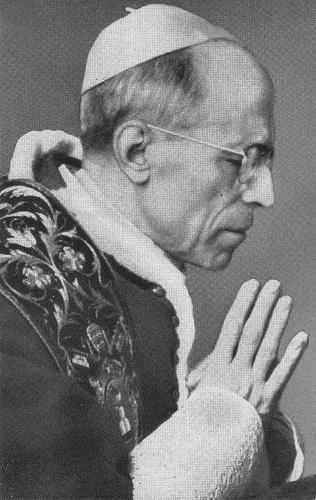 1956 XII. Pius Ima közben 8.jpg