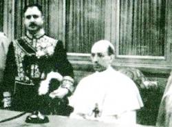 XII. Pius-hablando-x-radio-250x184_1.jpg