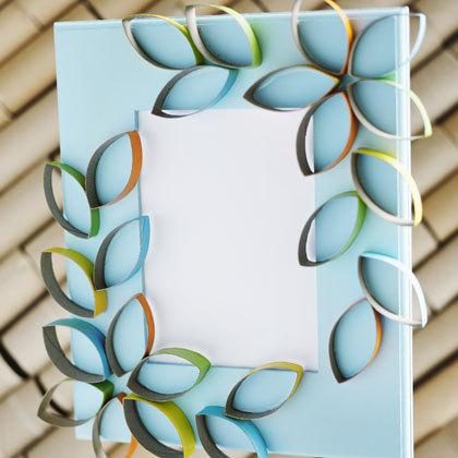 cardboard-petal-picture-frame-craft-photo-420-FF0410CRAFTA09_large.jpg