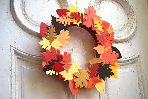 paper-and-fabric-leaf-fall-wreath.jpg