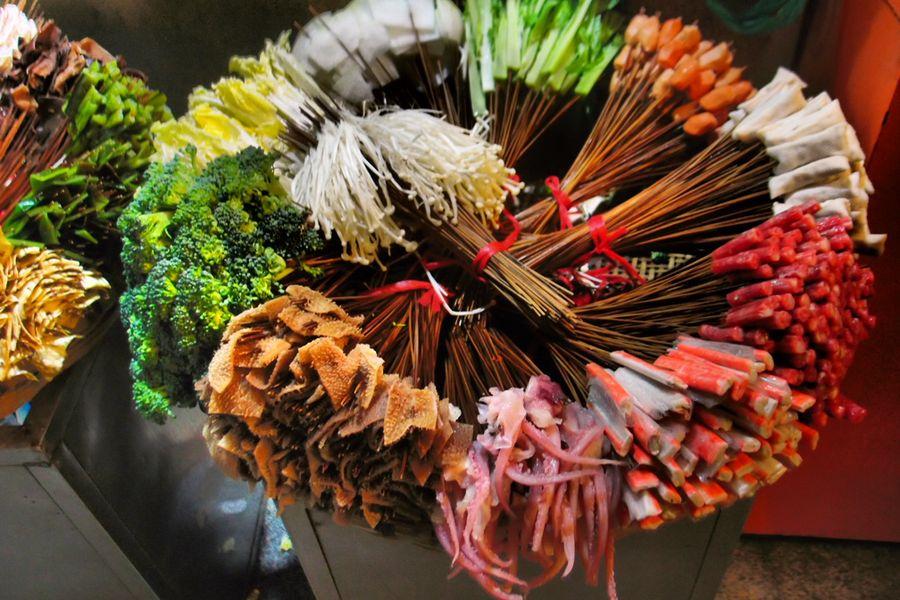 Virágmentes csokor  ínyenceknek:<br />pacal, polipláb, hínár,enoki gomba, és minden mi szem- szájnak ingere