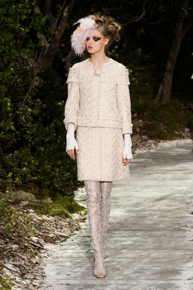 chanel-haute-couture-spring-2013-pfw10.jpg