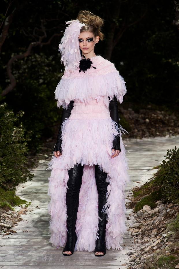 chanel-haute-couture-spring-2013-pfw64.jpg