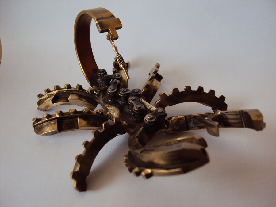 steampunk_small_bronze_scorpion_by_metalmorphoses-d4zbkrt.jpg