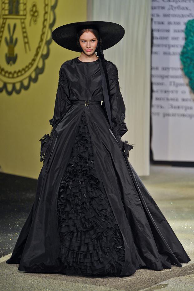 ulyana-sergeenko-haute-couture-spring-2013-pfw21.jpg