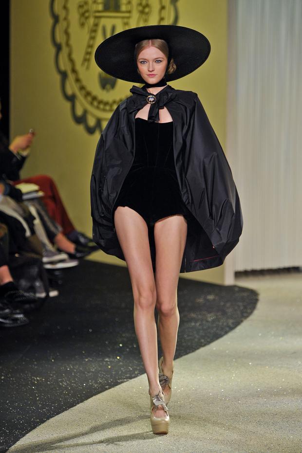 ulyana-sergeenko-haute-couture-spring-2013-pfw5.jpg