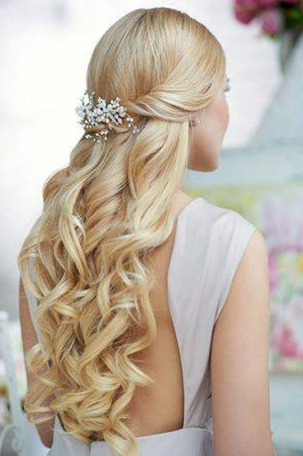 13-wedding-hairstyles-with-tiara.jpg