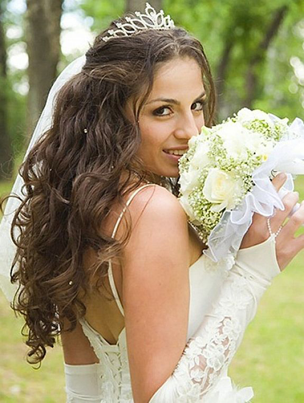 7-Wedding-Hairstyle-Long-Hair.jpg