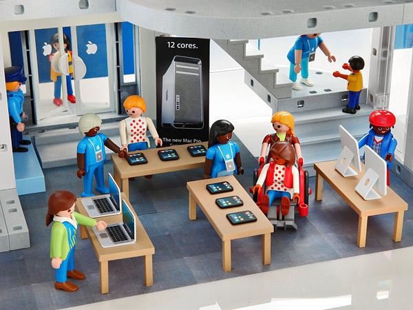 e8bb_playmobil_apple_store_sales_floor.jpg