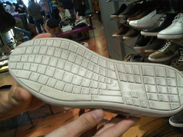 keyboard_shoe_4lpcc.jpg