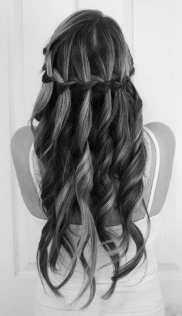 long-hairstyles_23600_1040.jpg