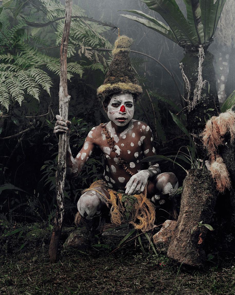 vanishing-tribes-before-they-pass-away-jimmy-nelson-12.jpg