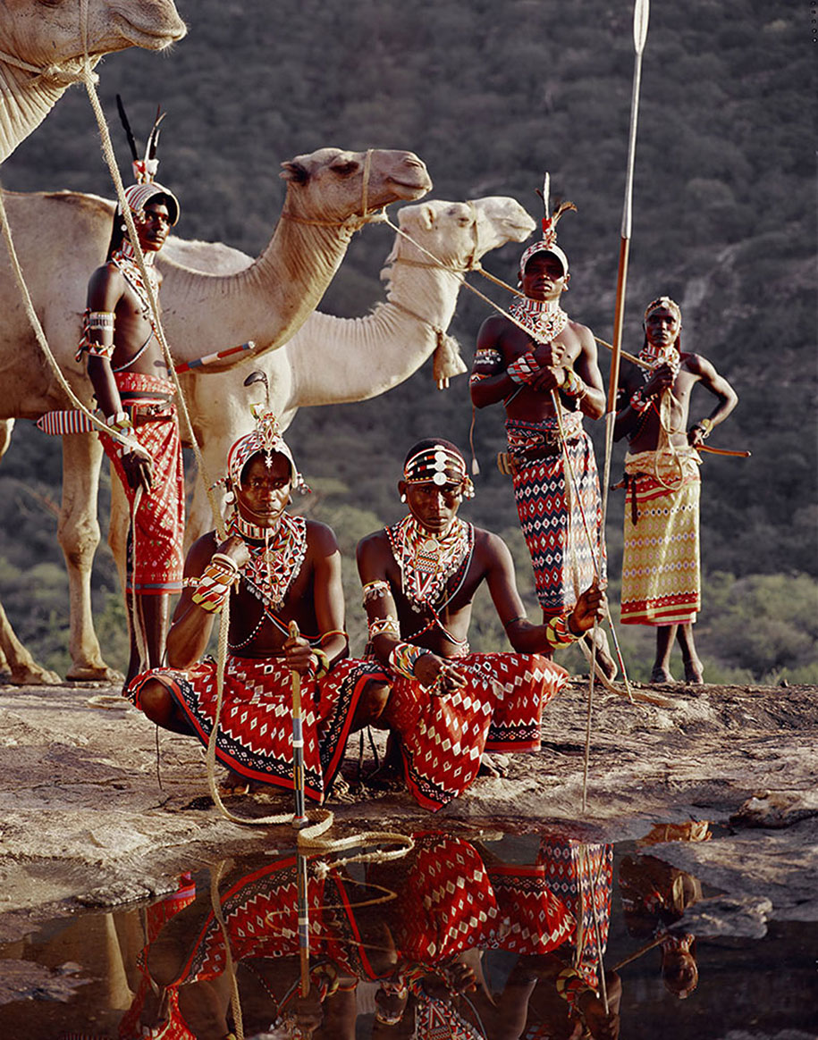vanishing-tribes-before-they-pass-away-jimmy-nelson-27.jpg