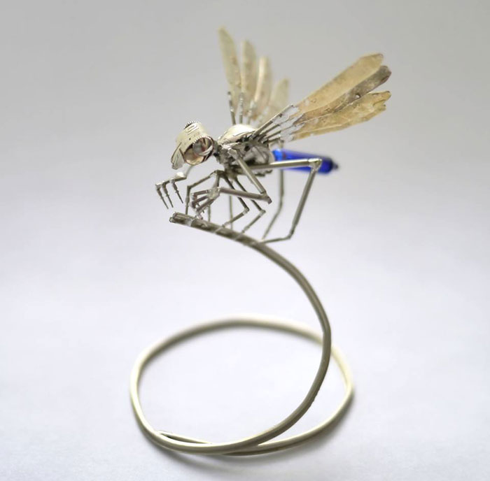 insects-made-from-watch-parts-and-discarded-objects-by-justin-gershenson-gates-a-mechanical-mind-3.jpg