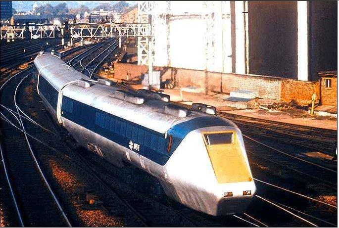 APT-E arriving St Pancras.jpg