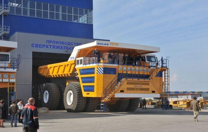 belaz-75710-3.jpg