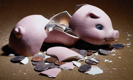 A-broken-piggy-bank-001.jpg