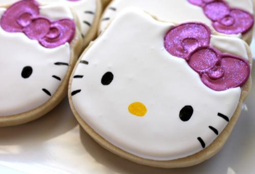 ajandek mezeskalacs suti otletek Hello Kitty women sajat keszitesu.jpg