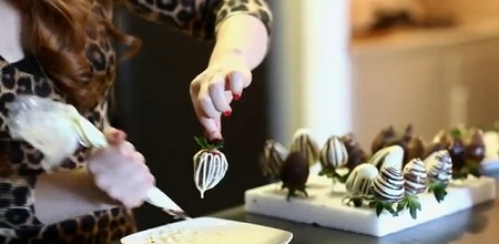 csokis-eper-diszites.jpg