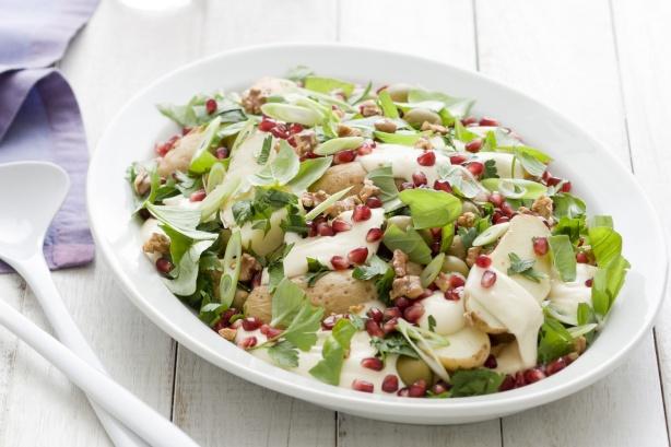 oliva,dio, granatalma salata .jpg