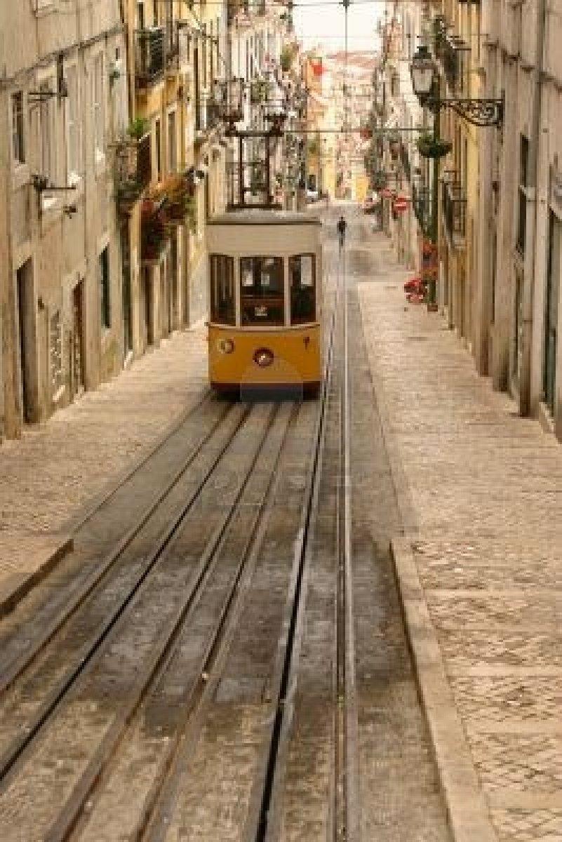 616919-lisbon-tram.jpg