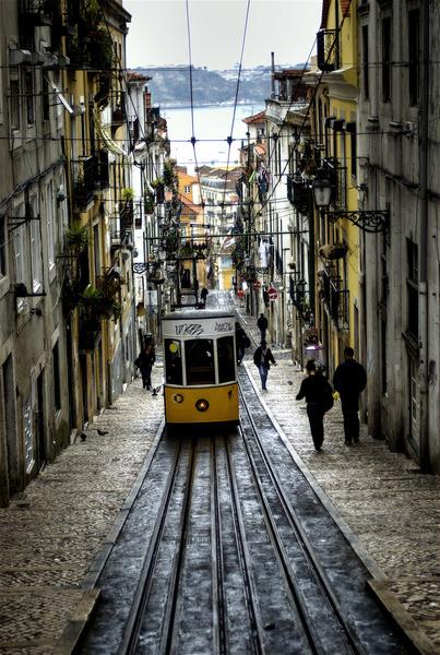 Tram-in-narrow-streets.jpg