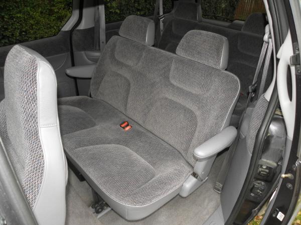 Dodge Grand Caravan 3.3 aut 1996 (12).JPG