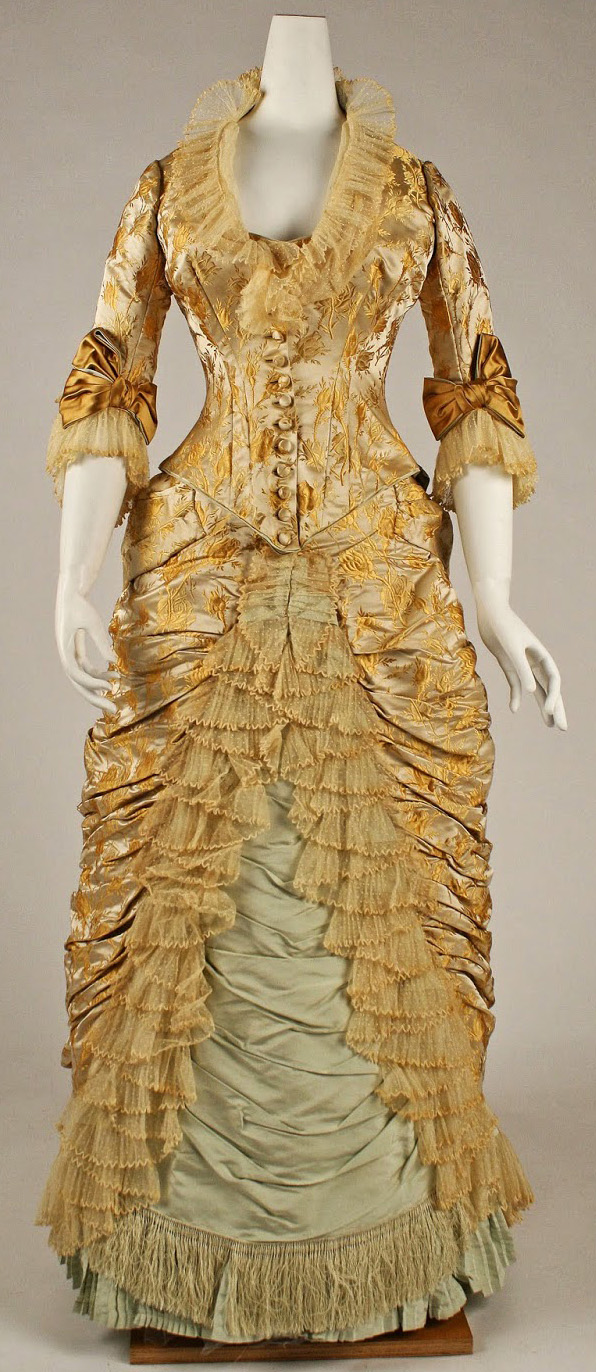Dinner dress Charles Frederick Worth_1877.jpg