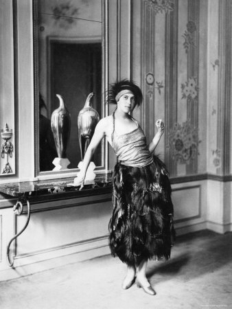 Paul-Poiret-couture-dress-1919_feleseg.jpg