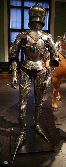 plate_armor_of_maximilian_i_c_1485.jpg