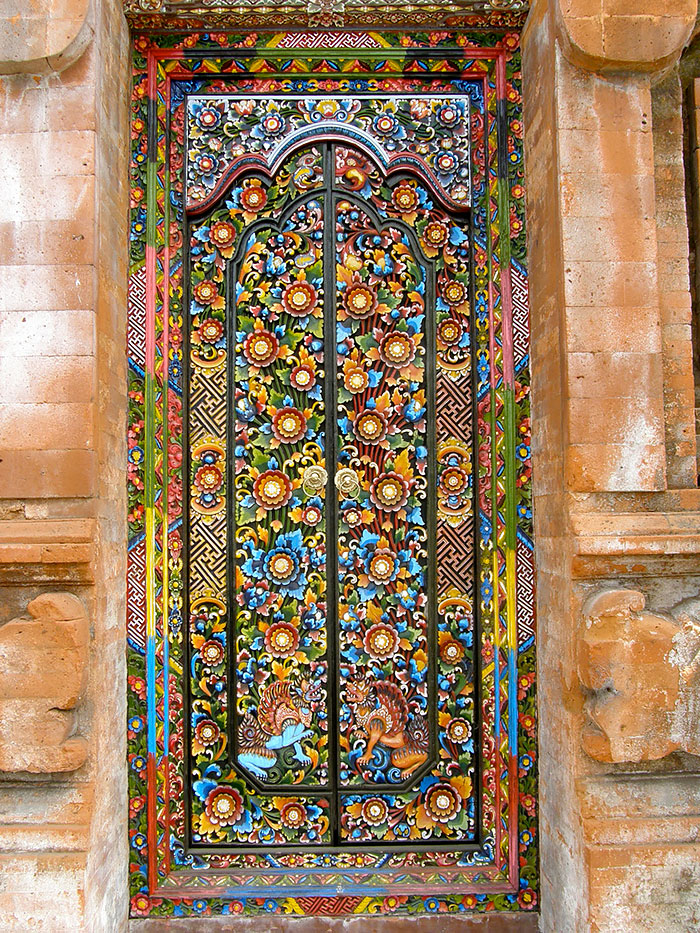 amazing-old-vintage-doors-photography-2.jpg