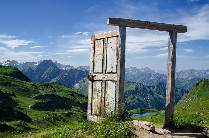 amazing-old-vintage-doors-photography-40.jpg