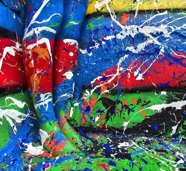 acrylic-paint-feet_2082372i.jpg