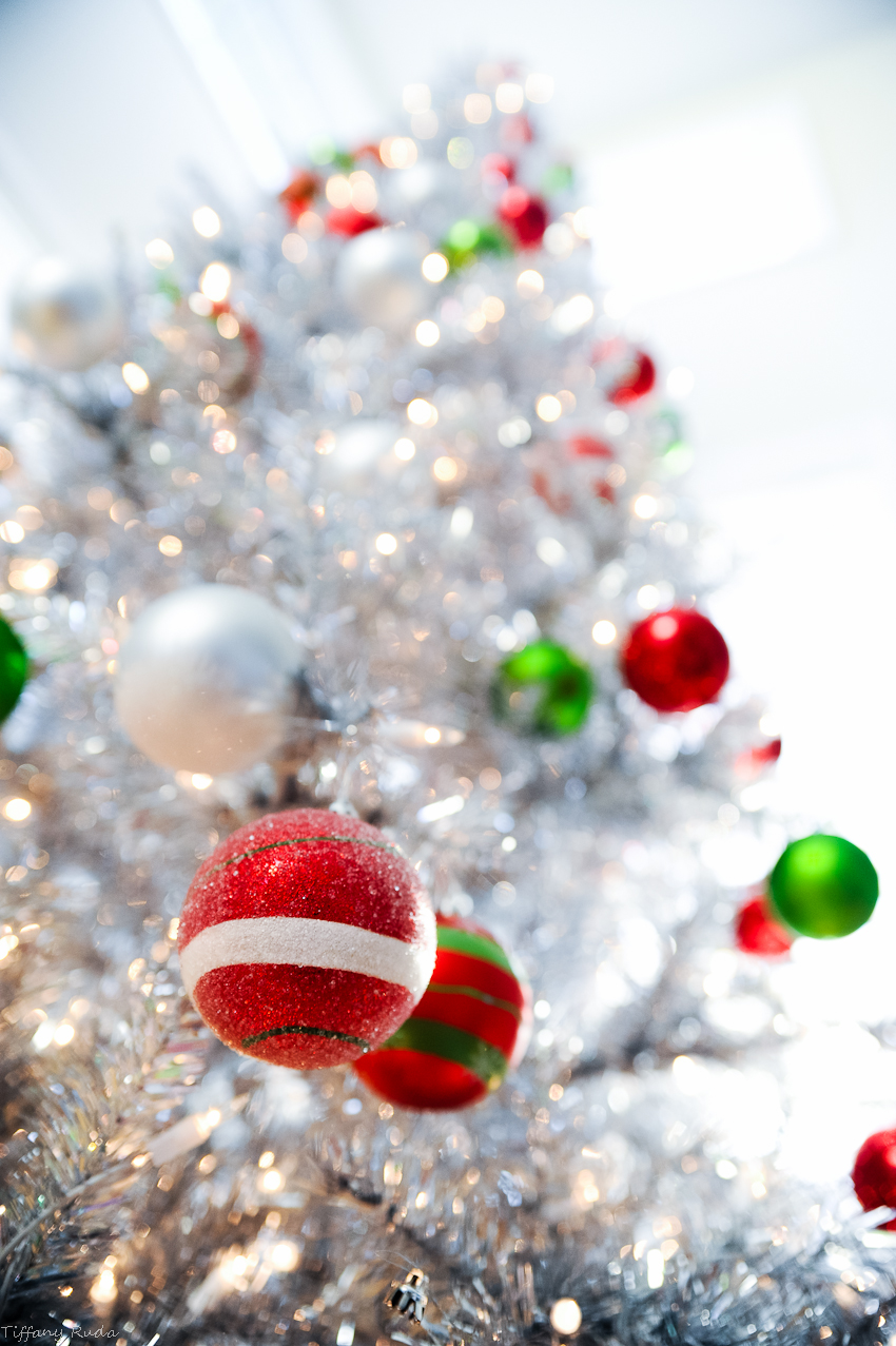 silver-christmas-tree21.jpg