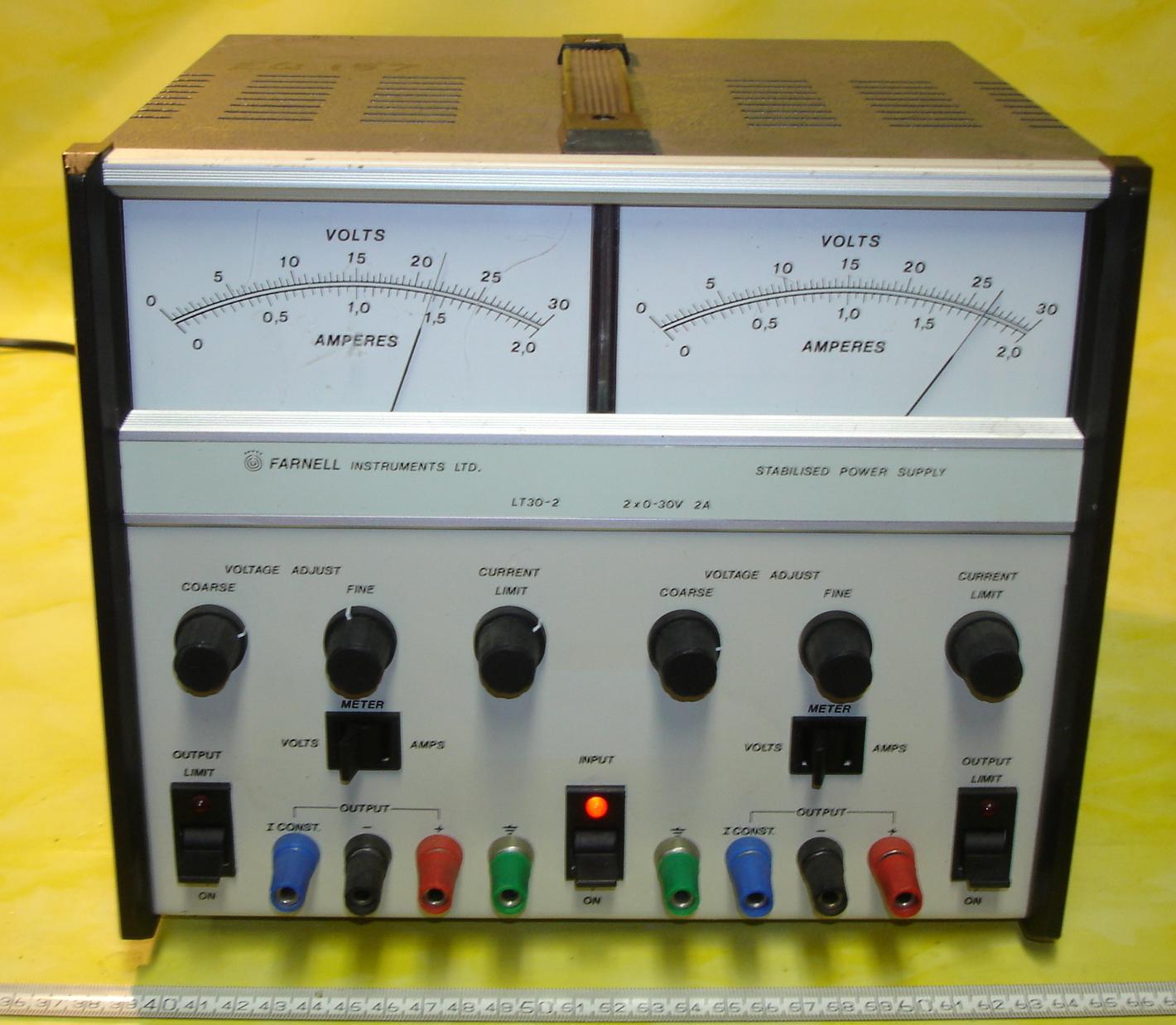 LT30  30V2A.JPG