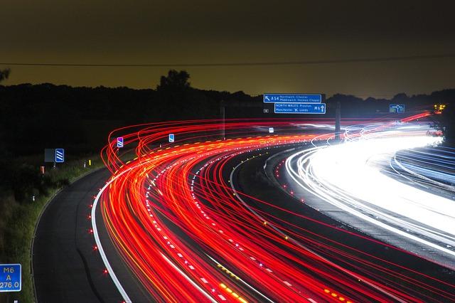 traffic-332857_640.jpg