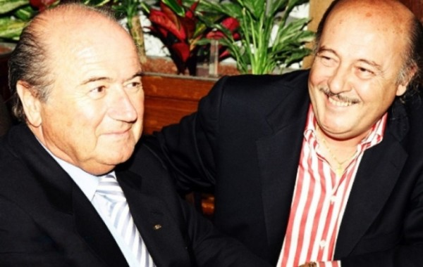 600x380xSepp-Blatter-junto-com-o-RP-Peter-Hargitay-600x380.jpg.pagespeed.ic.7FxEqTgk9H.jpg